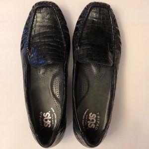 SAS black simplify crocodile slip on Loafer